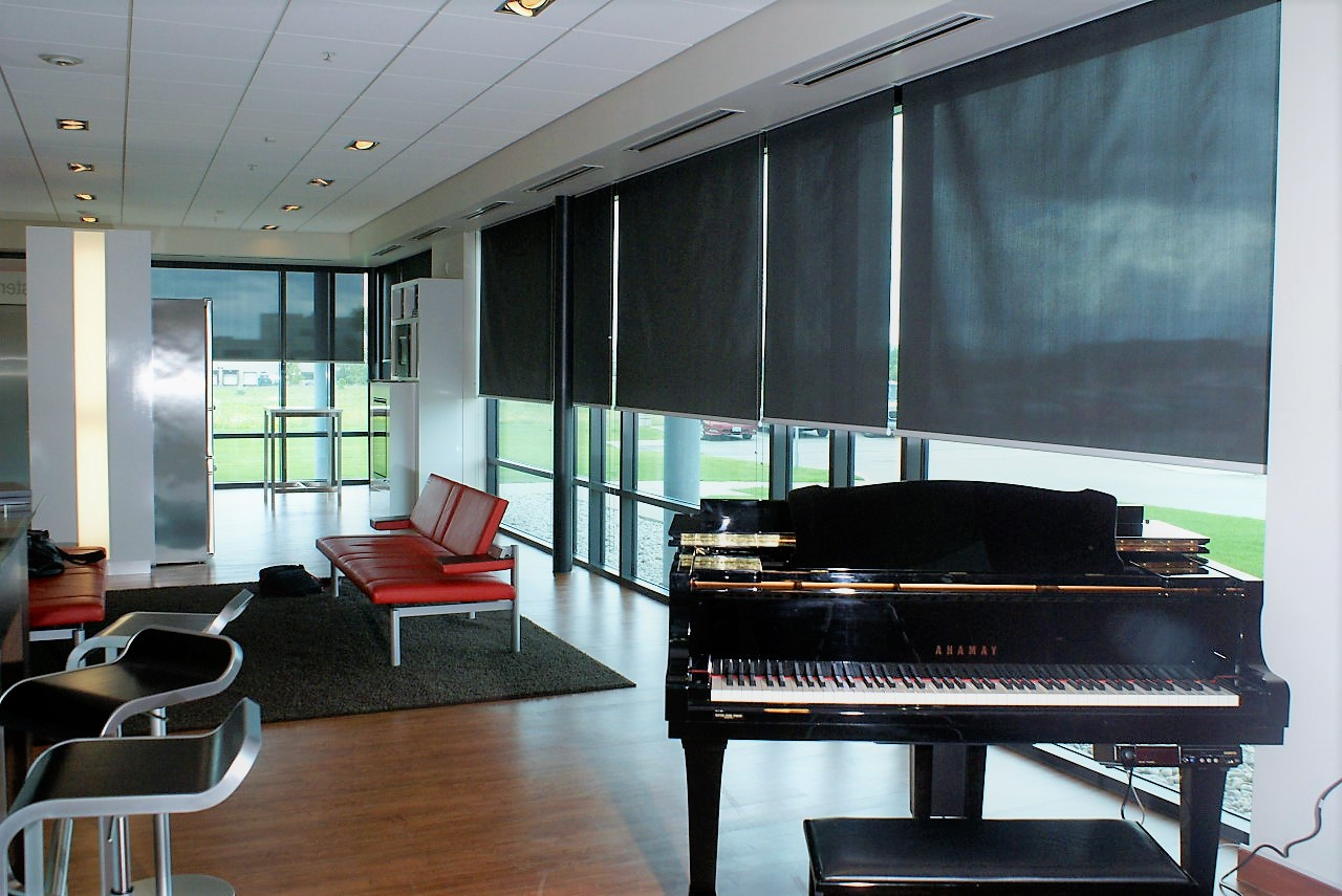 Miele Head Office Showroom   Vaughan,On.   Manual Lite Lift Sun Control  Shades